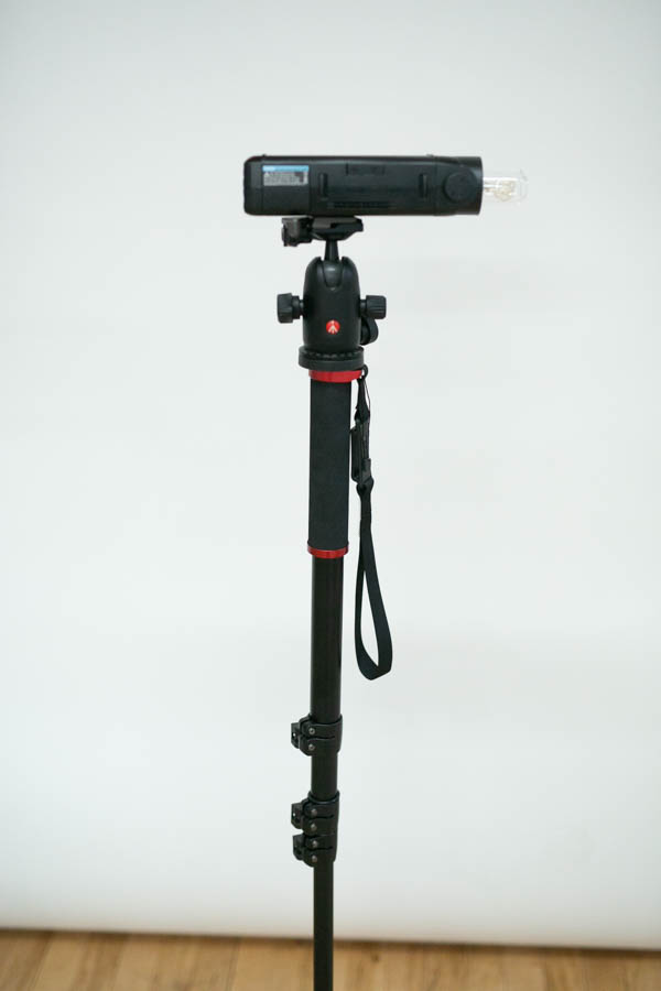 eVOLV 200 mounted on monopod