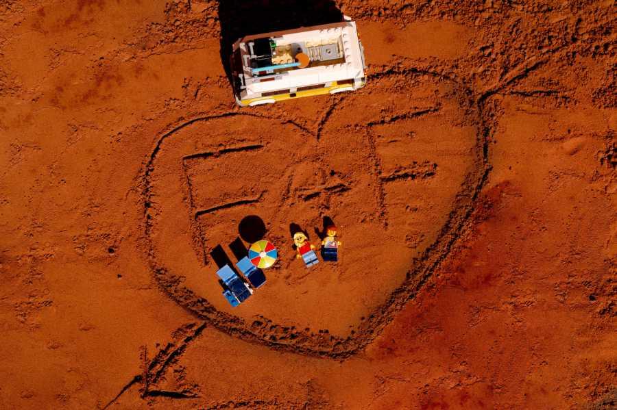 LEGO minifigures honeymoon